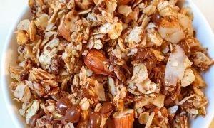 Chocolate Coconut Granola Granola de Chocolate y Coco